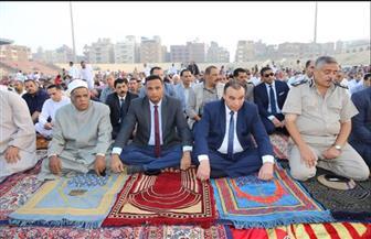 سكرتير عام المنوفية ومدير الأمن يؤديان صلاة عيد الأضحى بالاستاد الرياضي بشبين الكوم | صور