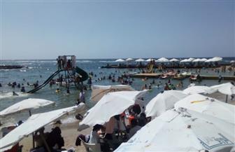 إقبال كبير من المواطنين على حدائق وشواطئ الإسكندرية في ثانى أيام عيد الأضحى | صور