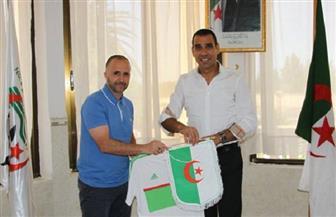 اتحاد الكرة الجزائري ينفي حدوث خلاف مع مدرب المنتخب