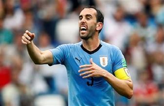 """قائد أوروجواي: لاعبو المنتخب يؤيدون تدخل """"الفيفا"""""""