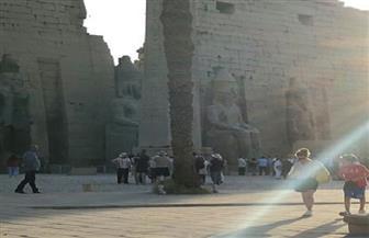 رئيس فيتنام يزور معبد الأقصر مع أسرته