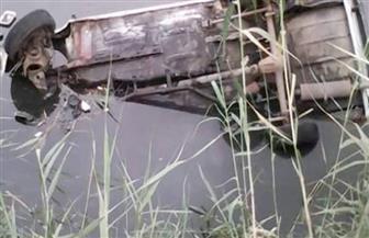 إصابة 3 أشخاص في انقلاب سيارة أجرة بترعة نجع حمادي في سوهاج