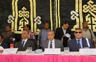 محافظ قنا يشهد جلسة صلح بين عائلتين بمركز أبوتشت | صور