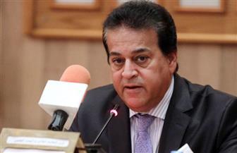 عبدالغفار يتلقى تقريرا بشأن بروتوكول تعاون بين معهد إعداد القادة والأعلى للجامعات والأعلى للآثار