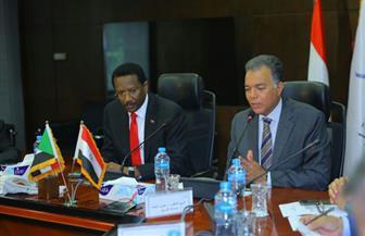 اجتماع وزاري تحضيري لبحث التعاون في مجالات النقل بين مصر والسودان| صور
