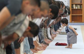 تعرف على حكم اصطحاب الأطفال إلى المسجد