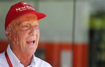 """بطل العالم السابق فى """"فورمولا1"""" لاودا يقضى أسابيع بالمستشفى بعد عملية زراعة رئة"""