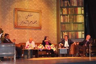 """نقاش حول """"ثقافة الاستهلاك والوعي المجتمعي"""" في ملتقى الهناجر الثقافي"""