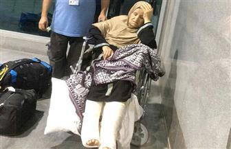 تخصيص سيارتي إسعاف بالمطار لنقل حاجتين من فلسطين لمعبر رفح