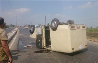 """إصابة شخصين في انقلاب سيارة نقل أموال بـ""""صحراوي الإسكندرية"""""""