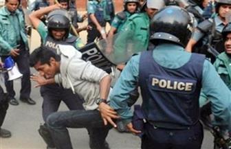 شرطة بنجلاديش تطلق الغاز المسيل للدموع على الطلاب المحتجين