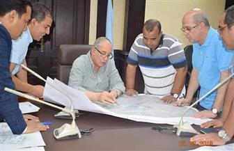 محافظ البحر الأحمر يستعرض الموقف التنفيذي لمشروع تطوير العشوائيات بمدن الجنوب صور