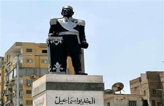 """وزيرة الثقافة تشكل لجنة لبحث أسباب """"تشويه"""" تمثال الخديو إسماعيل"""
