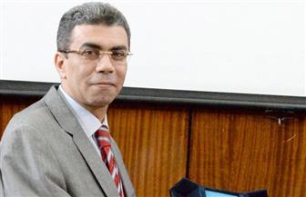 ياسر رزق: الرئيس السيسي يتصدى لحرب الشائعات بنفسه.. والنظام الحزبي في مصر لا يزال هشا| فيديو