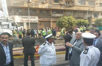 مدير أمن القاهرة يتابع الحركة المرورية خلال أعمال إصلاح ماسورة مياه رئيسية بوسط البلد | صور