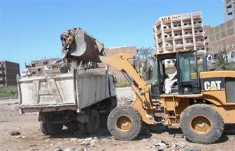 تطهير مخر السيل في المعصرة ورفع 220 طن مخلفات منه استعدادا للشتاء