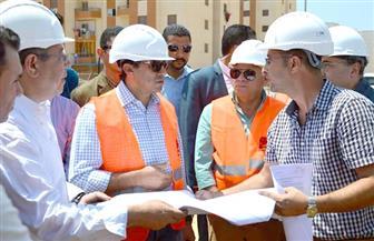 وزير الشباب والرياضة ومحافظ بورسعيد يتفقدان الأعمال الإنشائية لمركز شباب الشيخ زايد| صور