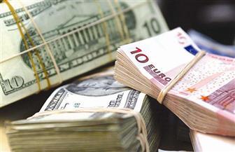 ارتفاع سعر صرف الدولار واليورو مقابل الروبل في بورصة موسكو