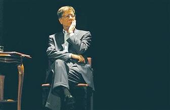 "رغم 10 سنوات على رحيل محمود درويش"".. ما زلنا نحبه ونستنشق عطر أشعاره | صور"