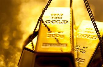 الذهب يستقر بعد مكاسب جلستين مع ارتفاع مؤشر الدولار