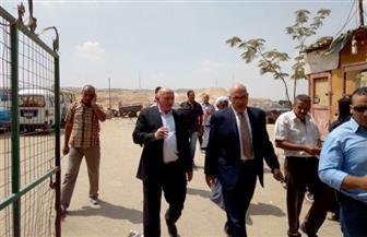 نائب محافظ القاهرة يتفقد حي منشأة ناصر ويتابع إزالة البناء المخالف | صور