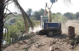 تنفيذ قرارات إزالة وتعديات على نهر النيل بالأقصر | صور