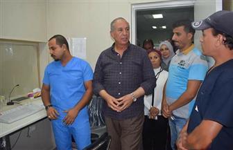 محافظ البحر الأحمر يتفقد مستشفى جراحات اليوم الواحد بمرسى علم | صور