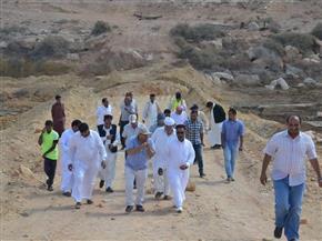 لجنة فنية لوضع حلول مشكلة تسريب مياه الصرف الصحي بمنطقة علوش في مرسى مطروح