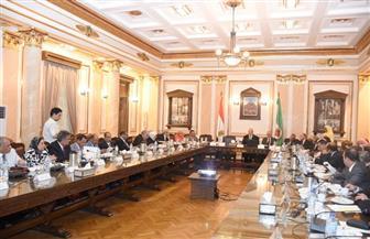 مجلس جامعة القاهرة يتخذ قرارات جديدة بشأن الإعارة للخارج