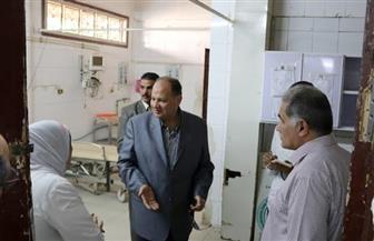 محافظ الفيوم يشدد على إقامة استراحات للمرضى بالمستشفى العام   صور