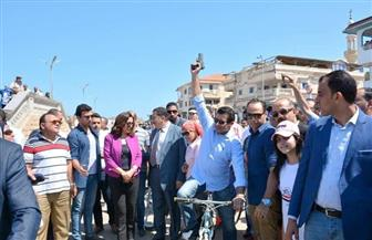 وزير الرياضة يقود ماراثون للدراجات بمدينة رأس البر