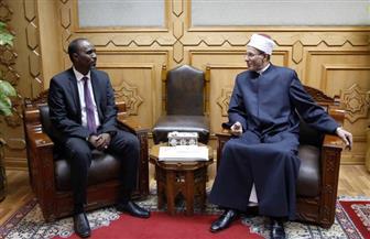 وكيل الأزهر يستقبل المدير العام لاتحاد وكالات أنباء منظمة التعاون الإسلامي | صور