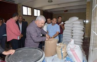 محافظ مطروح يقيل مدير مصنع الوجبة المدرسية | صور