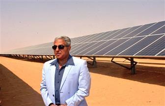 محافظ أسوان يتفقد مشروع الطاقة الشمسية  صور