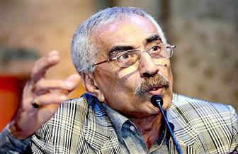 """وفاة الشاعر والناقد الفلسطيني """"خيري منصور"""" عن عمر ناهز 73 عاما"""