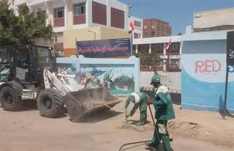 محافظ البحر الأحمر يشدد على النظافة بمحيط المدارس قبل بداية العام الجديد   صور