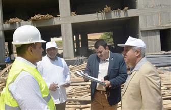 محافظ أسوان يتفقد عددًا من المشروعات بمدينة إدفو | صور