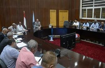 محافظ البحر الأحمر يناقش الاستعدادات النهائية للعام الدراسي الجديد