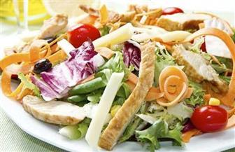 دراسة: النظام الغذائي قليل الكربوهيدرات أفضل مع زيادة الخضراوات والمكسرات