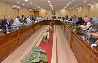 محافظ أسيوط يطالب النواب بالتعاون لتذليل العقبات والنهوض بالخدمات العامة