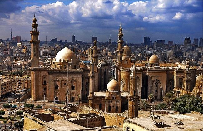 مسجد السلطان حسن فخر العمارة الإسلامية في القاهرة