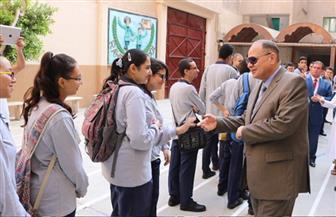محافظ الفيوم يتفقد عددا من المدارس في اليوم الأول للدراسة | صور