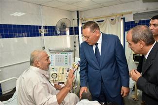 في زيارة مفاجئة.. محافظ الشرقية يتفقد مستشفى المبره ومنطقة التأمين الصحي بالزقازيق