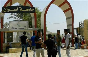 جامعة أسوان تستقبل الطلاب الجدد.. ورئيس الجامعة يحثهم على المشاركة في الأنشطة الطلابية