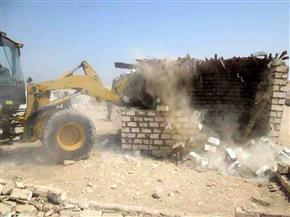 إزالة 43 حالة تعد على الأرض الزراعية ببني مزار بالمنيا