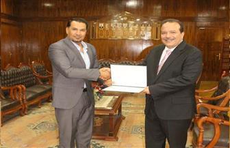 المنسق العام بالسفارة العراقية يشيد بجهود جامعة طنطا في دعم طلاب بلاده | صور