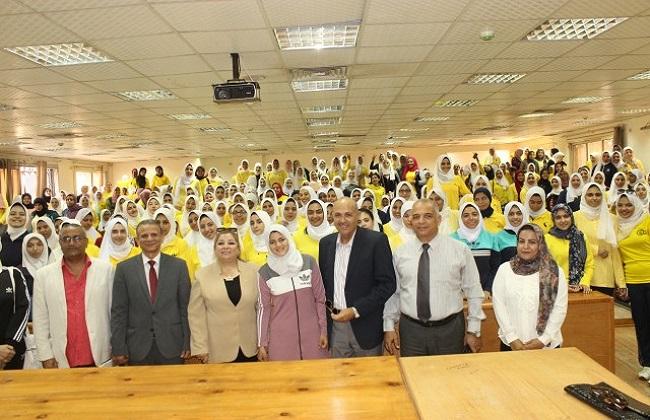 نائبا رئيس جامعة طنطا يتفقدان سير العملية التعليمية بمجمع كليات سبرباي   صور