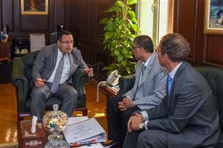 محافظ الإسكندرية يستقبل وفدا صينيا لتعزيز التعاون بين الجانبين | صور