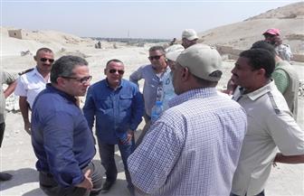وزير الآثار يتفقد المواقع الأثرية بالبر الغربي بالأقصر | صور