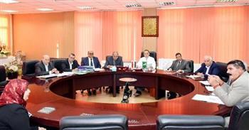 محافظ الشرقية يترأس لجنة لاختيار القيادات التعليمية